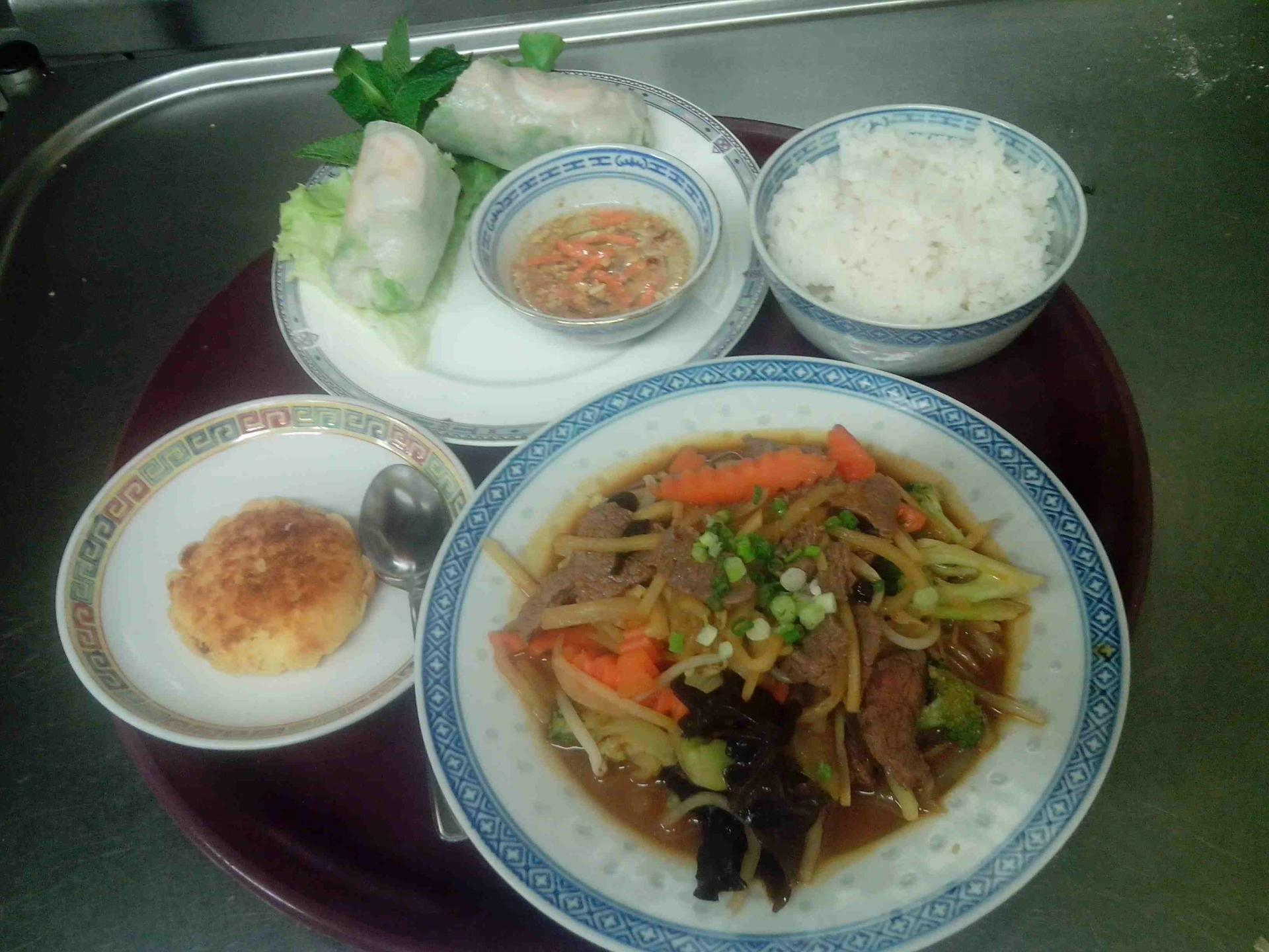 Rouleau de printemps, Bœuf aux légumes et gâteau de soja